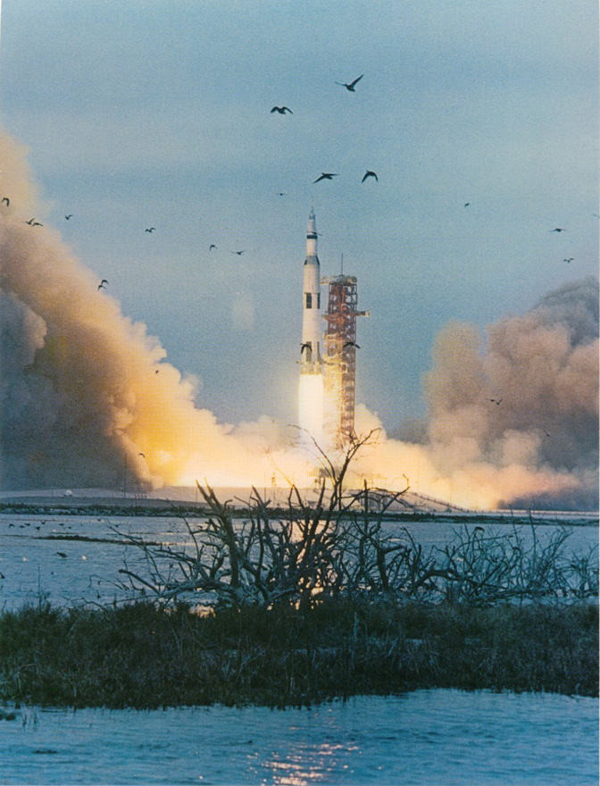 space_NASA_Apollo9_liftoff